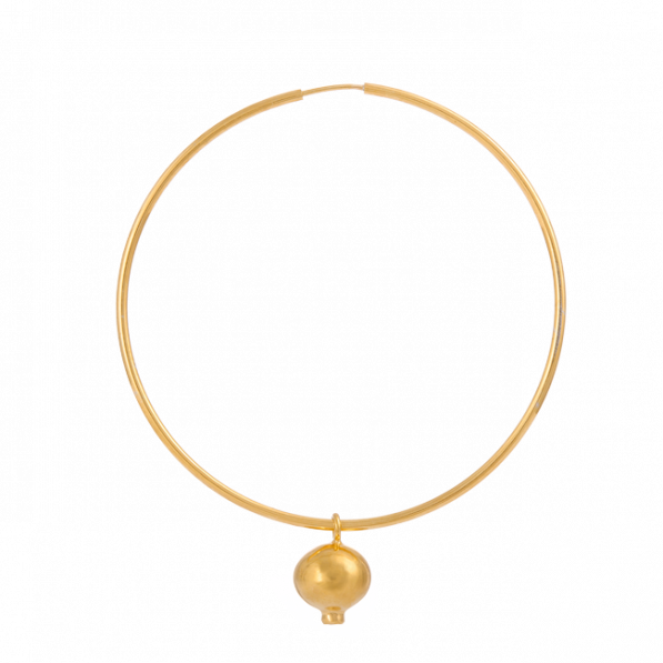 Mono-earing with sapphire pendant